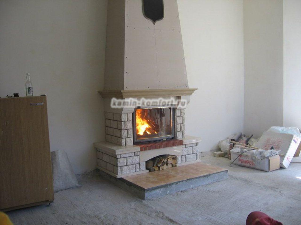 Фото Монтаж пристенного камина и термо короба с вент. решеткой