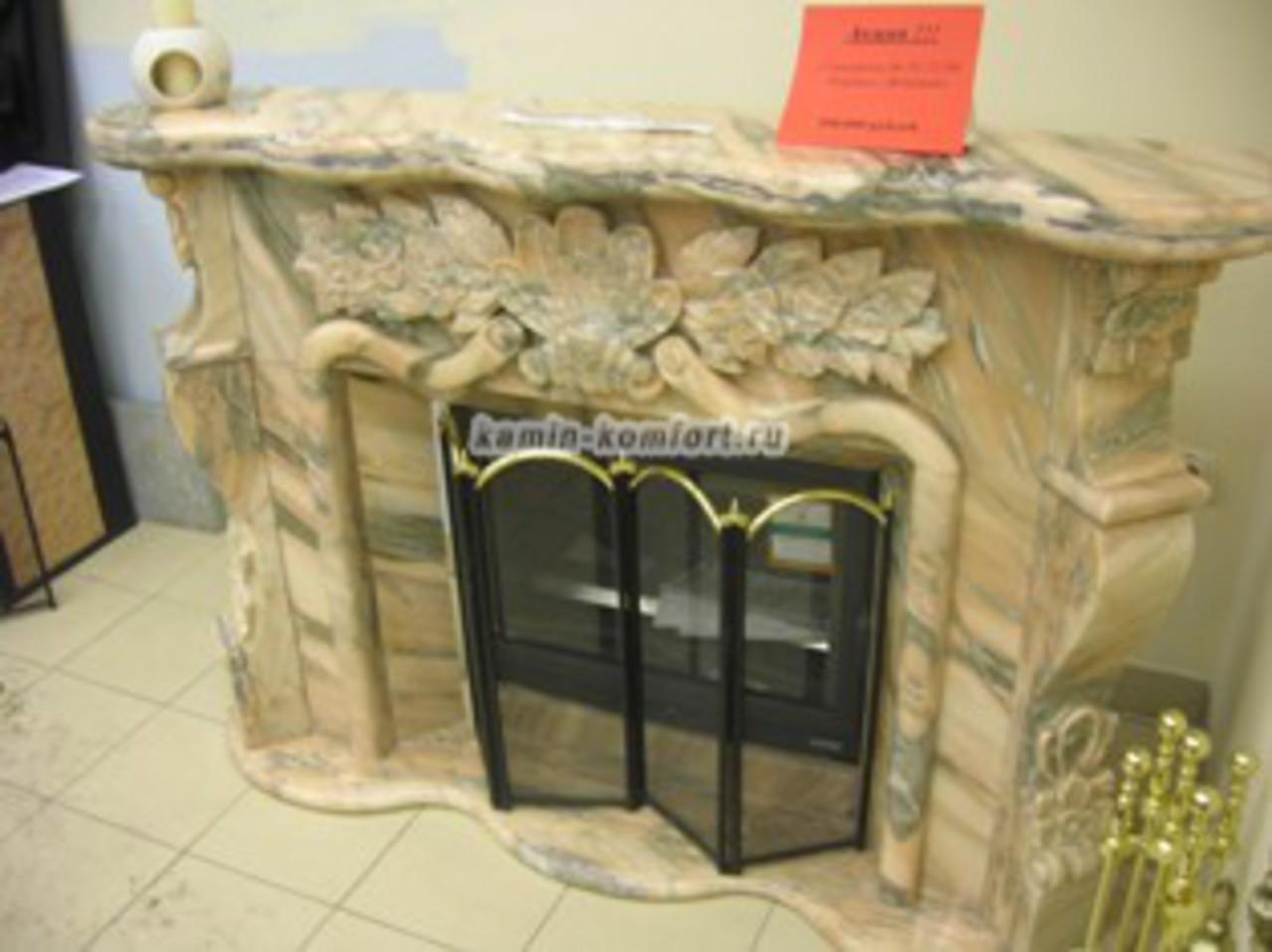 Фото Изысканный портал для камина